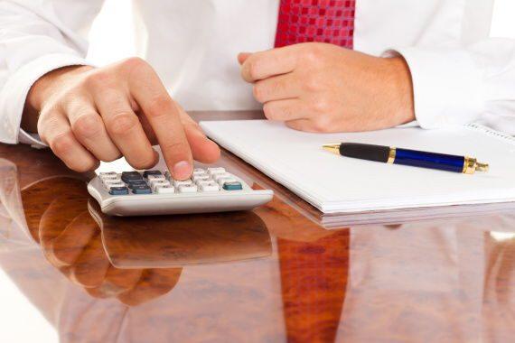 <span>V případě jakékoliv exekuce (na mzdu, na důchod, na mateřskou apod.) platí, že vám vždy musí zůstat část peněz – nezabavitelná částka.</span>