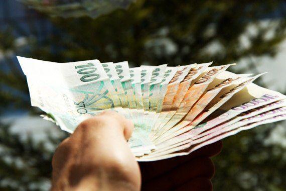 <span>Pokud nevíte kde sehnat peníze i o víkendu, tak vyzkoušejte tuto nabídku.</span>